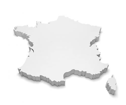 How many countries border mainland France?